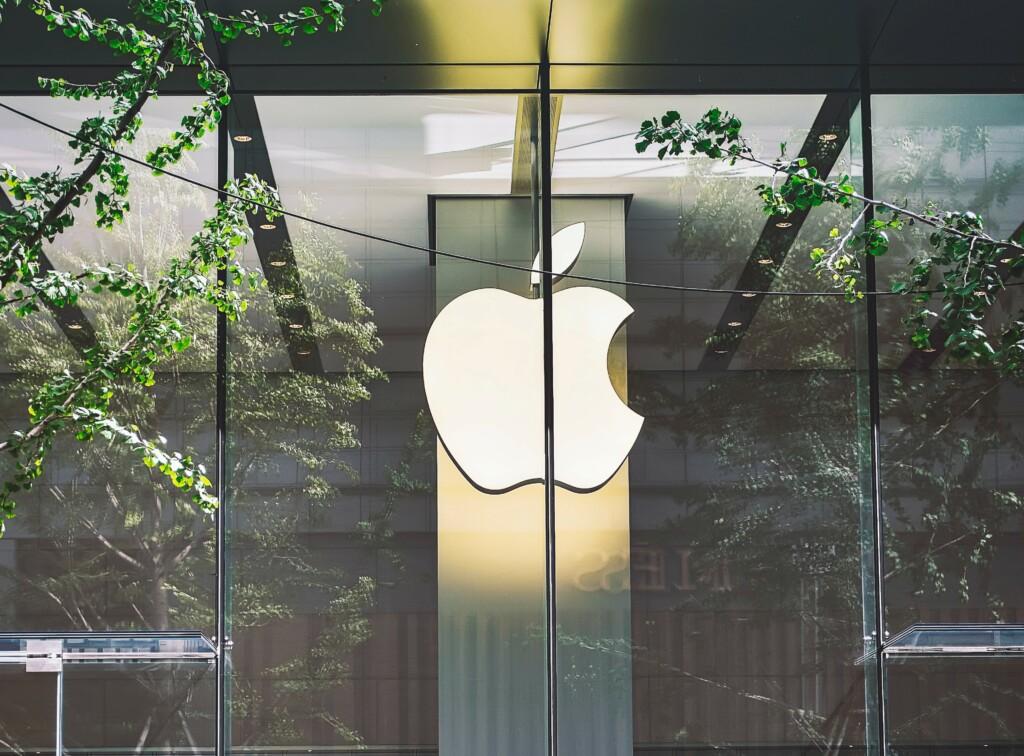 UGGC - Apple